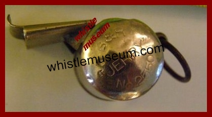 whistle_museum_B___R_Jerry_No__2550_RARE Whistle