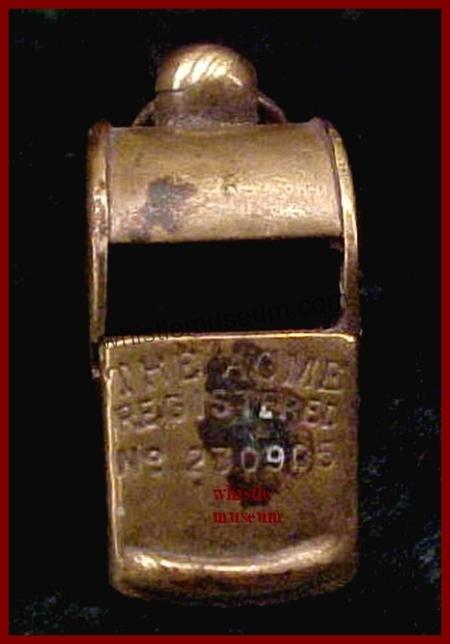 Esc Acme1894 Reg 230905 hollow Knop whistle museum