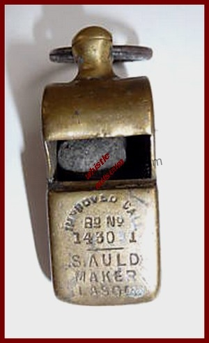 Samuel_Auld_Escargot_Snail_ type-whistle,_A_Strauss,_straight_stamp_whistle museum 2006